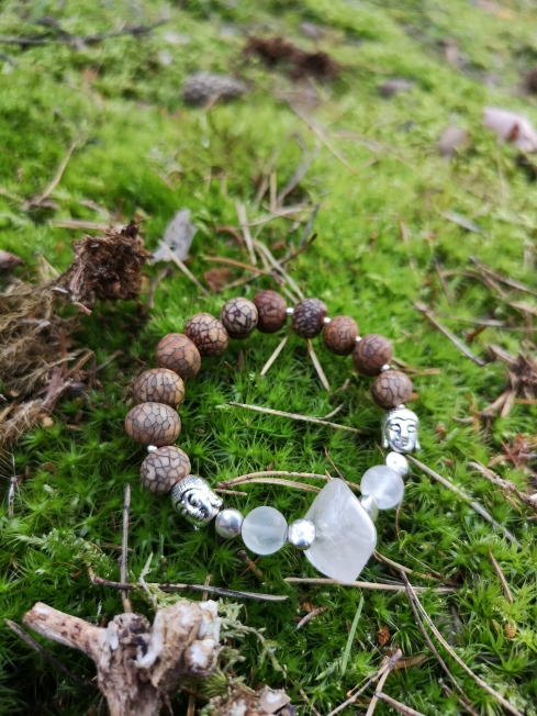 Armband Bergkristall mit Natursamen